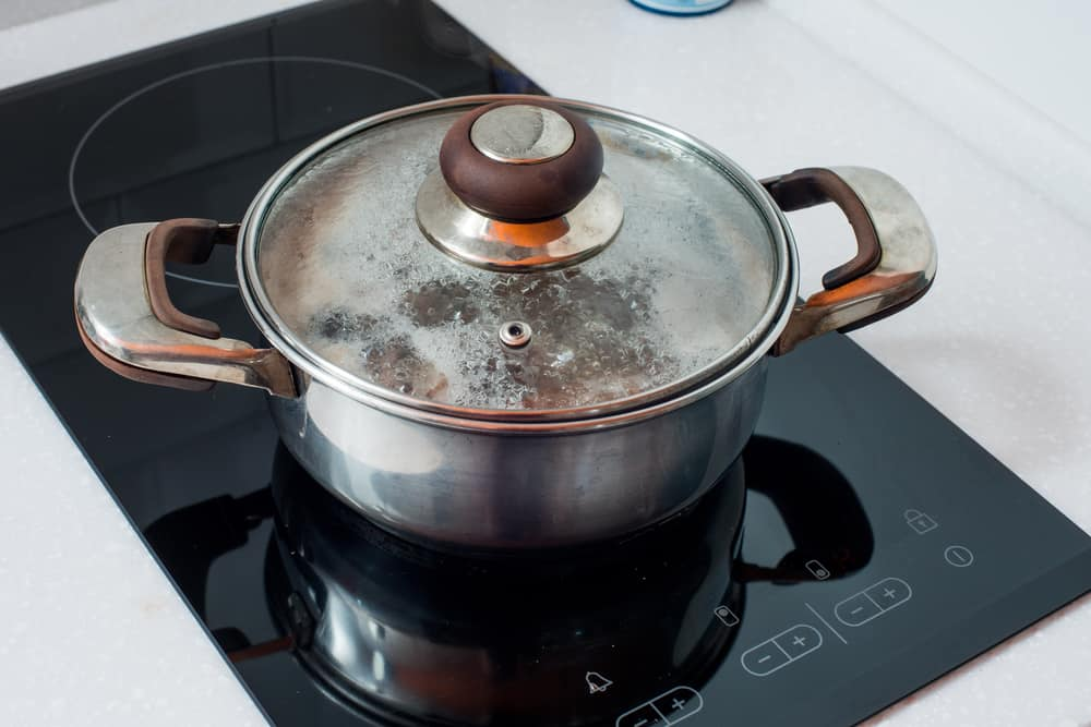 Reasons to Use Special Cookware for Glass Top Stoves