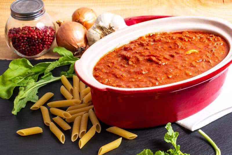 Bolognese sauce in slow cooker