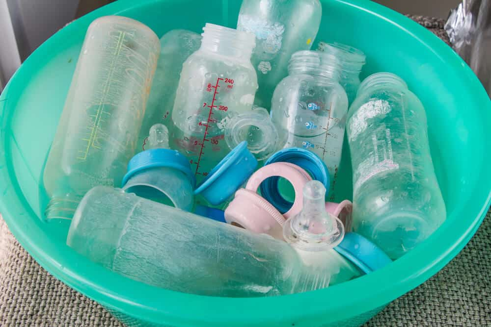 how to properly wash baby bottles