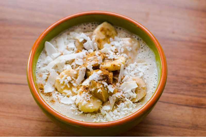 smoothie bowl with sliced bananas