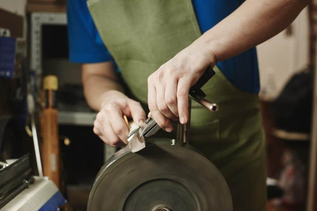 how much does it cost to get a knife professionally sharpened