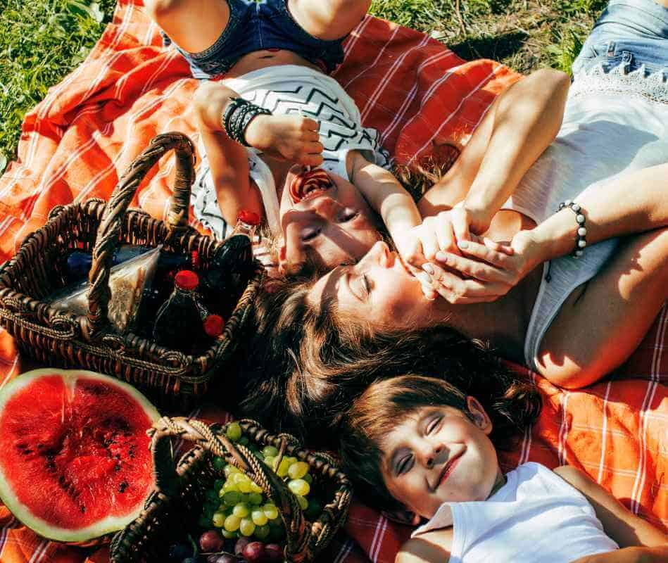 8 Tips for Picnic with Kids