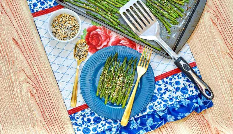 asparagus on table mat