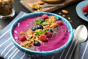 how do you thicken a smoothie bowl