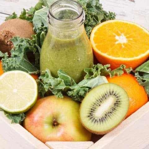 Belly Fat Busting Kale, Apple, and Orange Smoothie