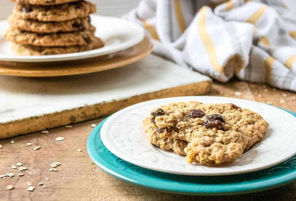 Classic Oatmeal Raisin Cookie