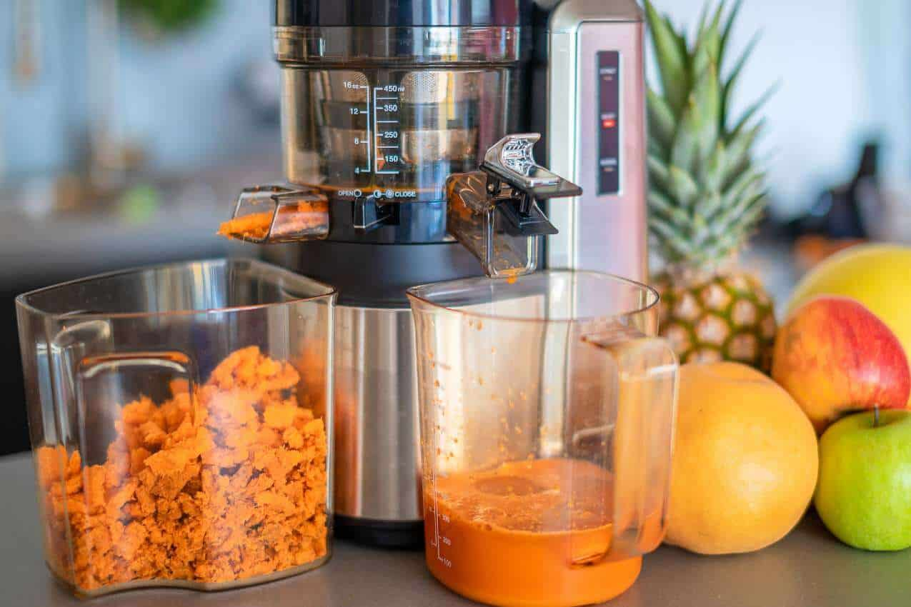 how to clean a masticating juicer