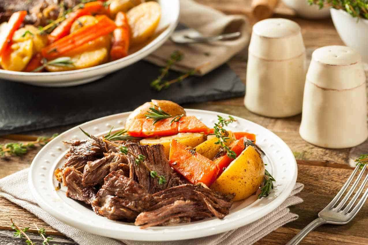 how to cook a pot roast in the oven