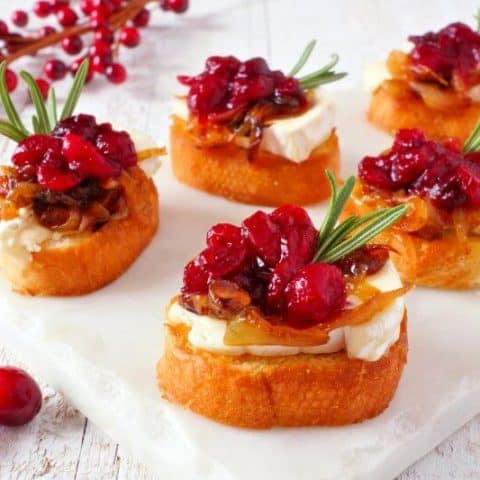 Crostini with Brie and Orange-Cranberry Relish