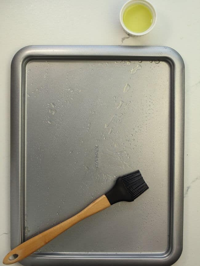 grapeseed oil and brushed baking pan