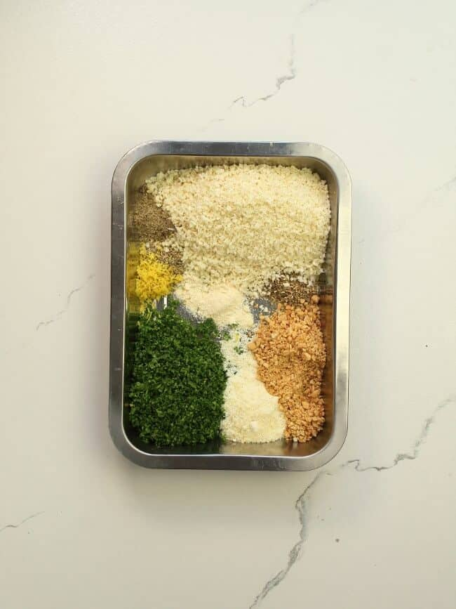 breadcrumbs mixture for herb crusted baked salmon