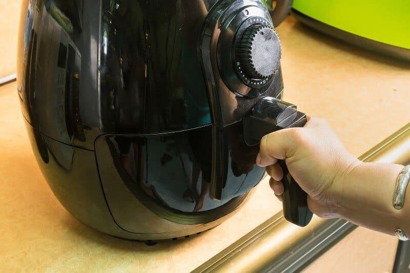 black air fryer machine