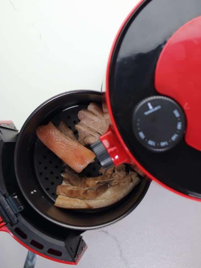raw pork belly slices in air fryer