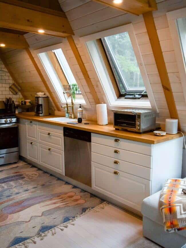 small kitchen set up